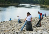 Entergy Employees Clean and Green the Pearl River